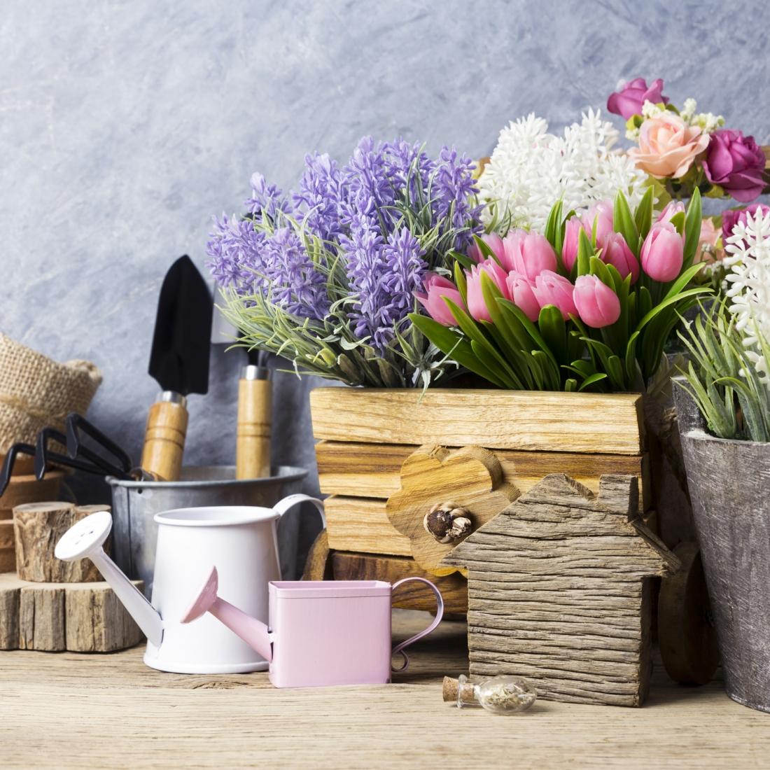 Arredare Con Le Damigiane decorare casa con le piante e i fiori finti